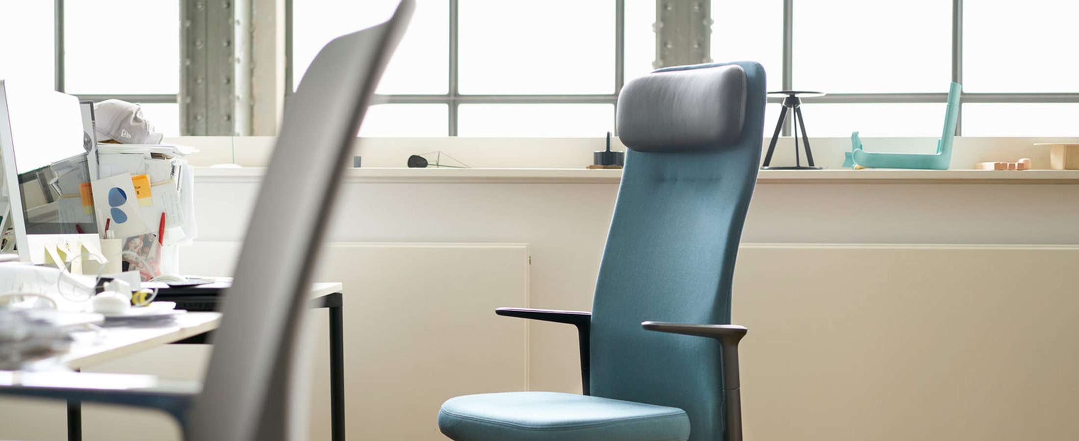 Vitra-Pacific-Chair